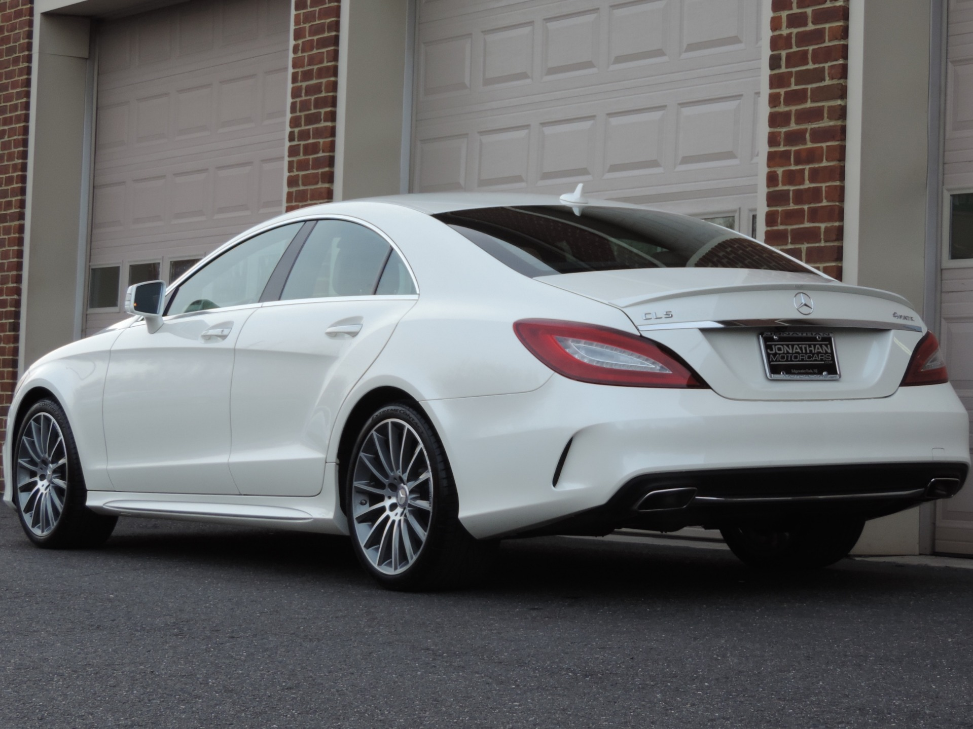 Used-2016-Mercedes-Benz-CLS-CLS-400-4MATIC-Sport