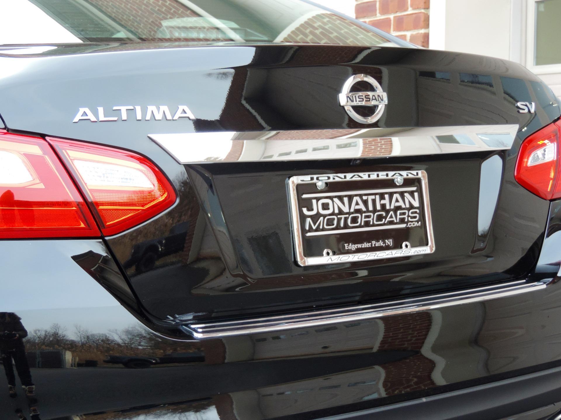 Used-2017-Nissan-Altima-25-SV-Premium