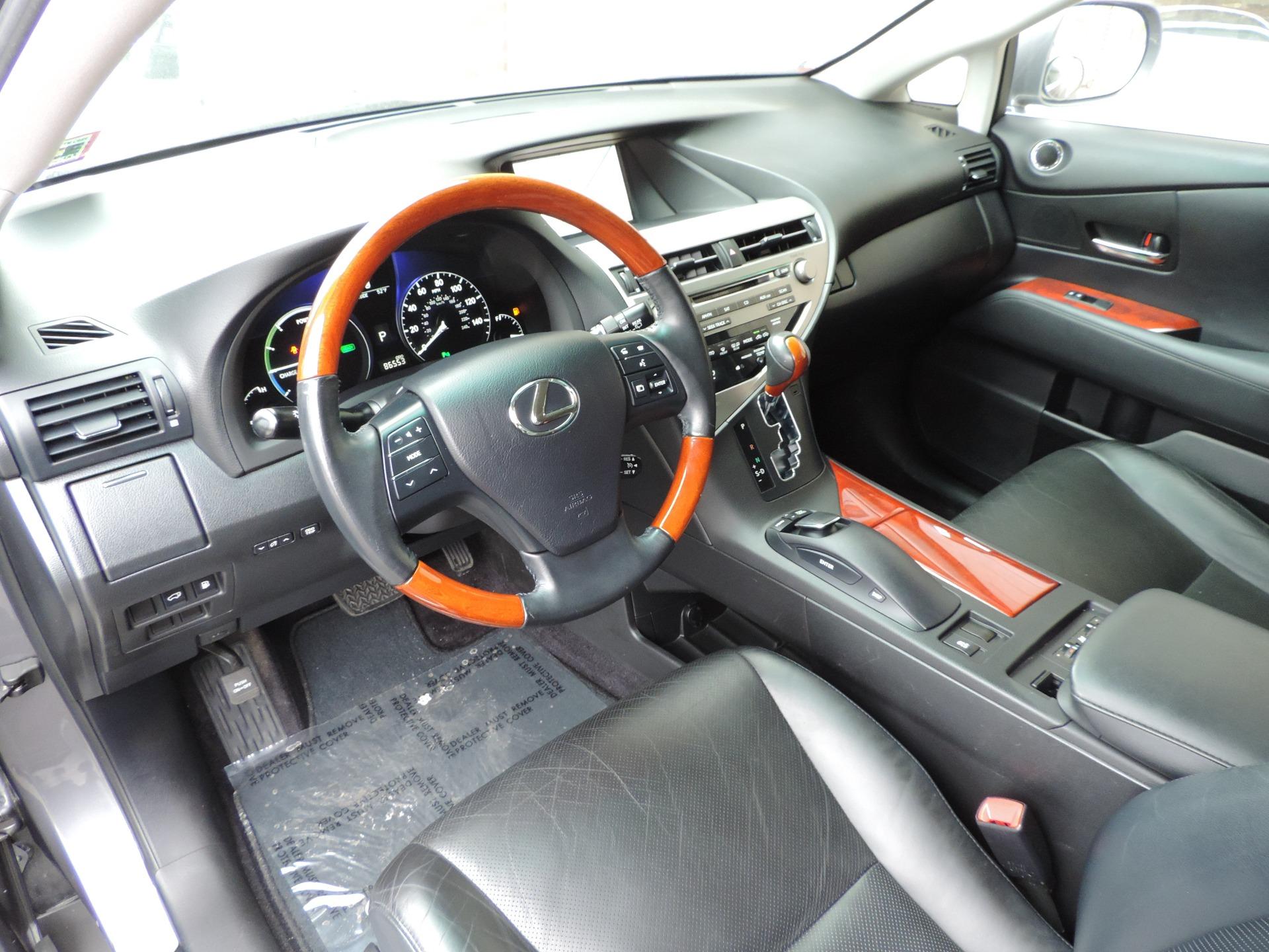 Used-2012-Lexus-RX-450h-Navigation