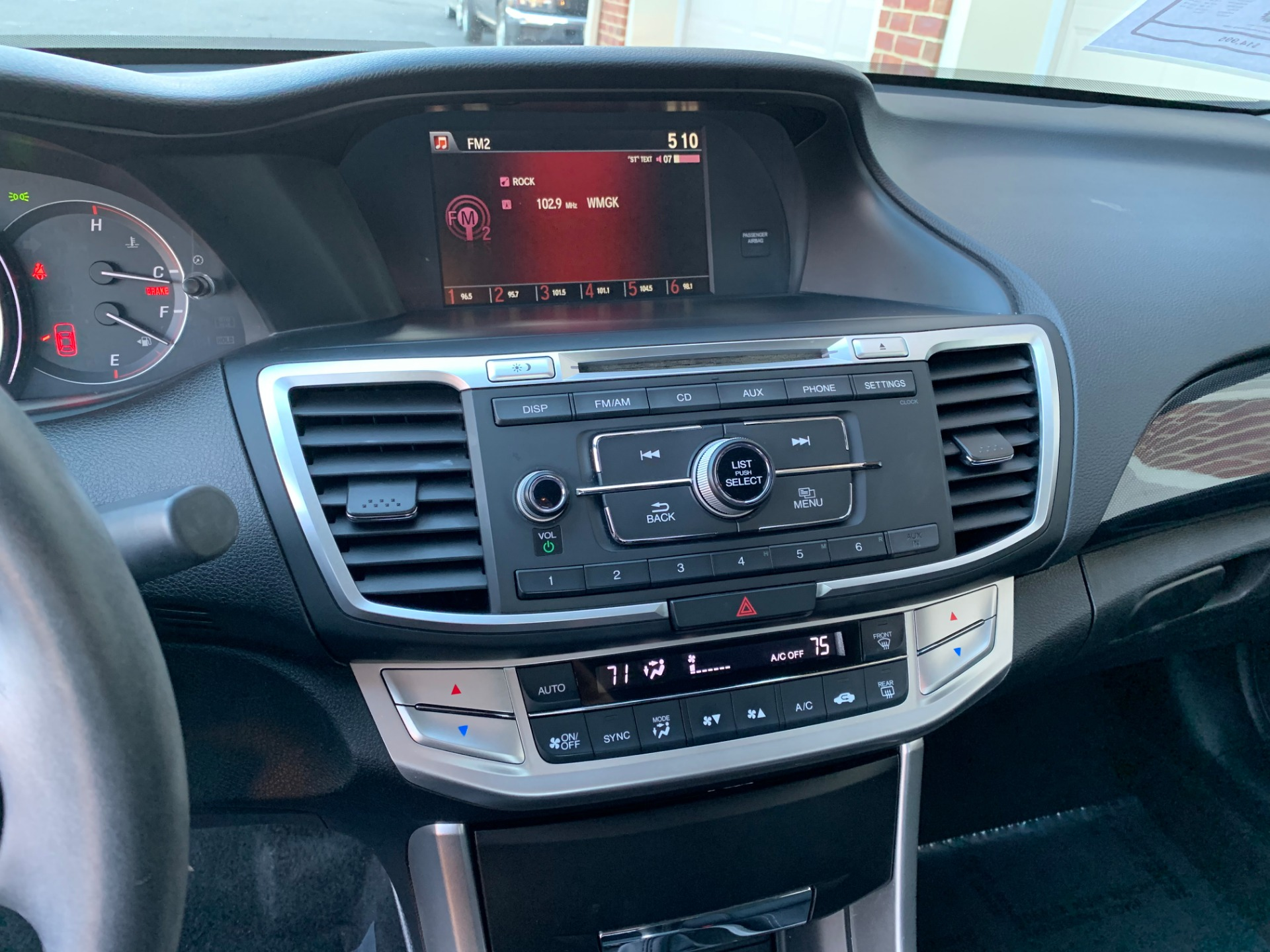 Used-2015-Honda-Accord-Sport