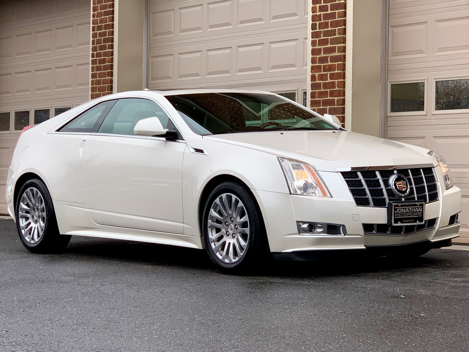 Used-2012-Cadillac-CTS-36L-Premium-AWD