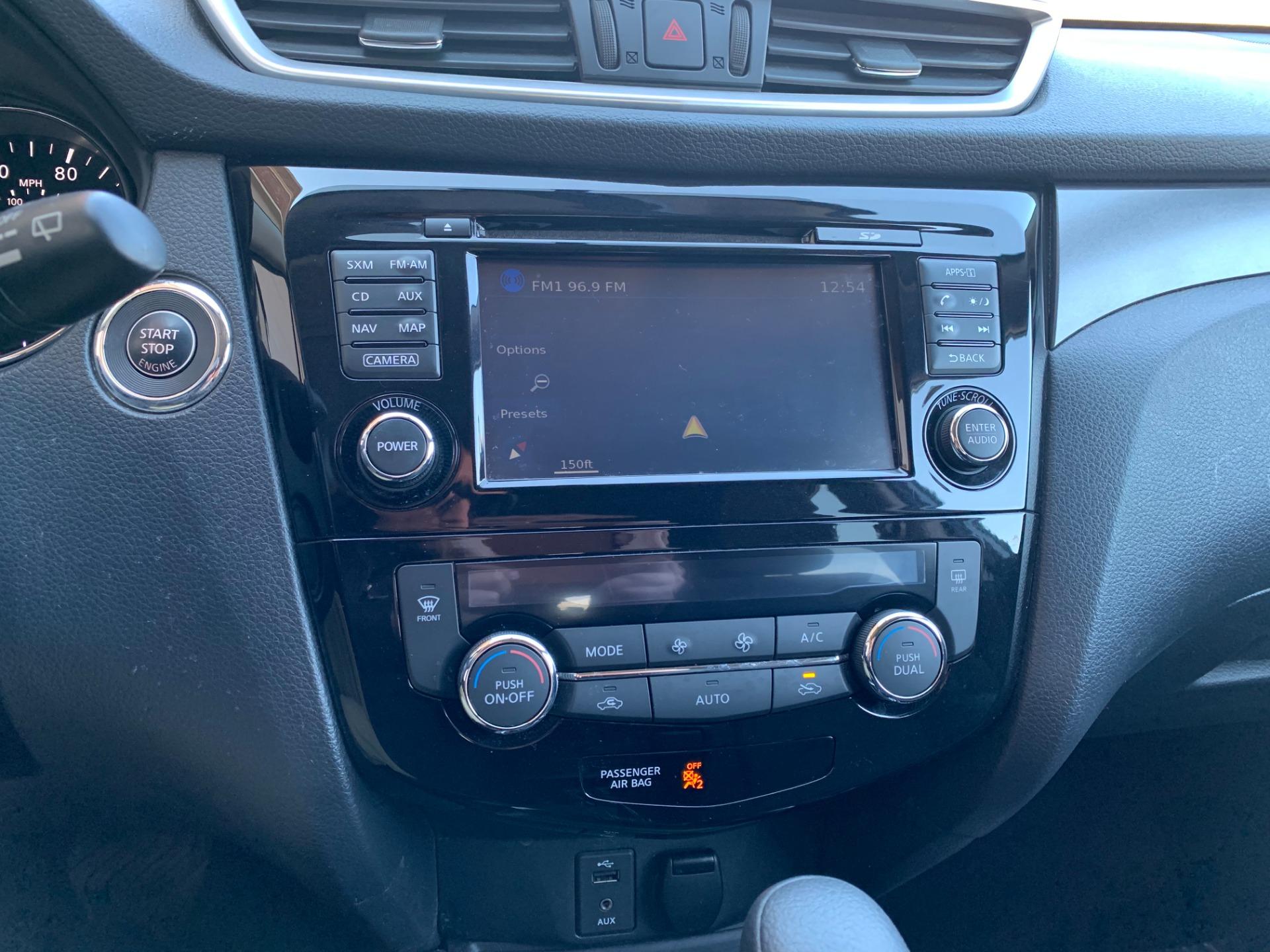 Used-2016-Nissan-Rogue-SV-AWD-Premium