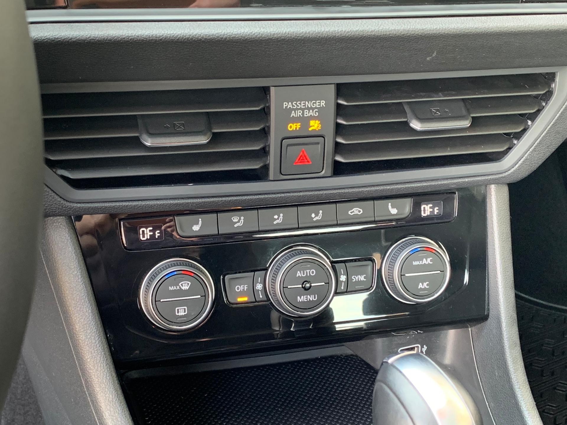 Used-2019-Volkswagen-Jetta-14T-Se