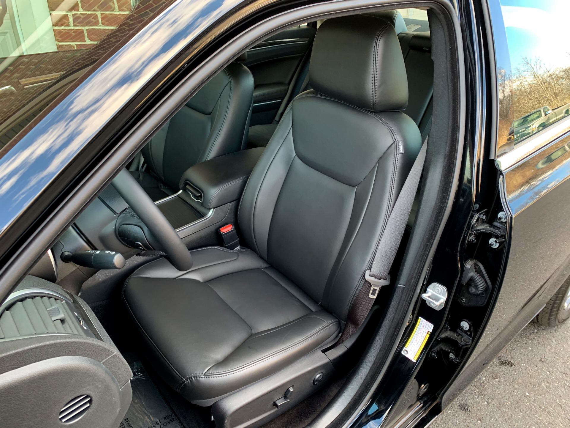 Used-2018-Chrysler-300-Touring-L-AWD
