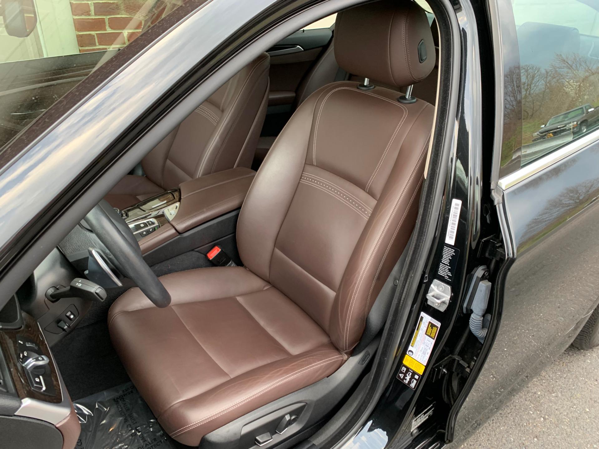 Used-2016-BMW-5-Series-528i-xDrive-Luxury-Line