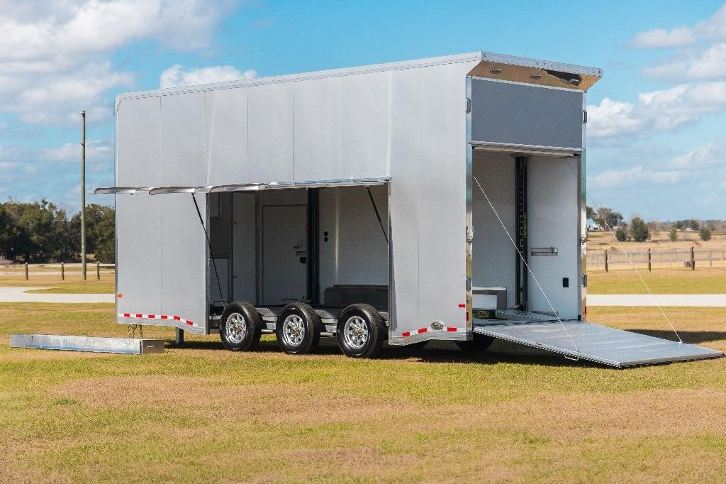 New-2019-Sundowner-24'-Stacker-Series-Trailer
