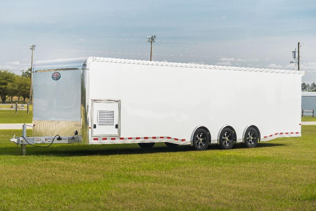 New-2019-Sundowner-32'-Enclosed-Race-Car-Trailer