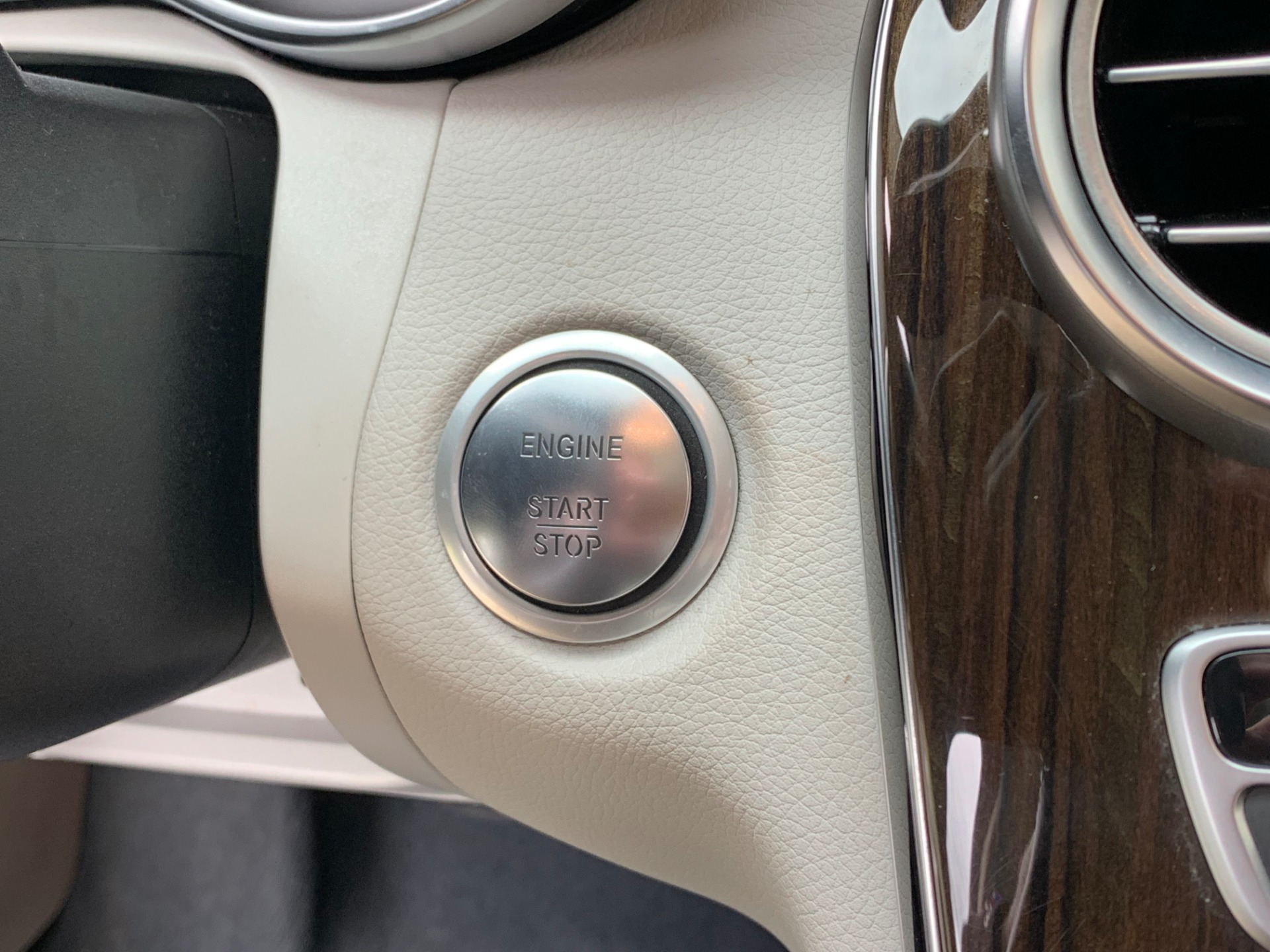 Used-2016-Mercedes-Benz-C-Class-C-300-Luxury-4MATIC