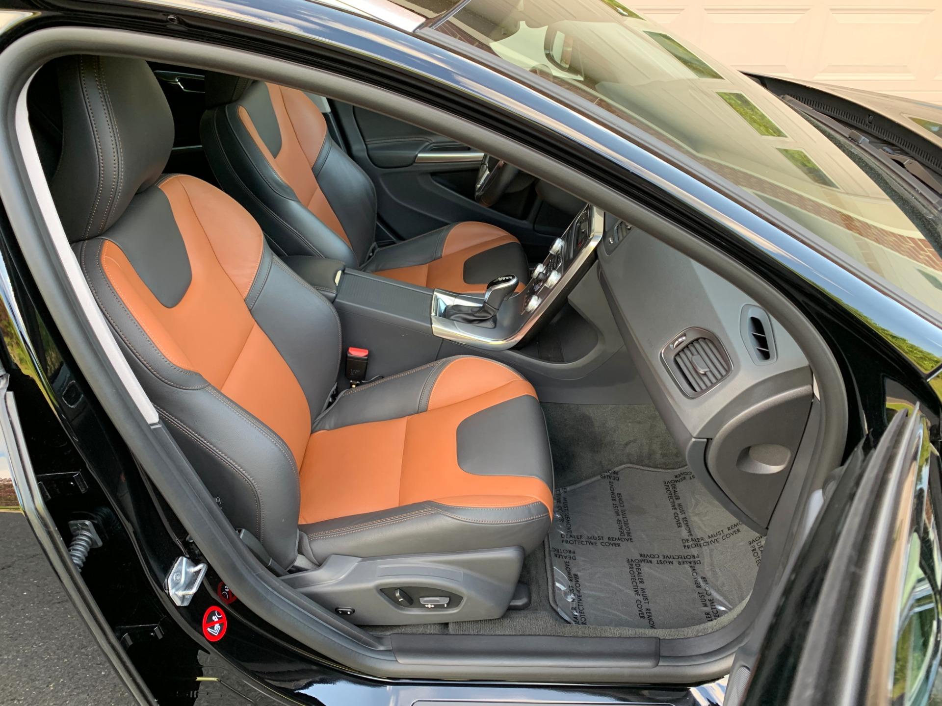 Used-2018-Volvo-V60-Cross-Country-T5-Premier