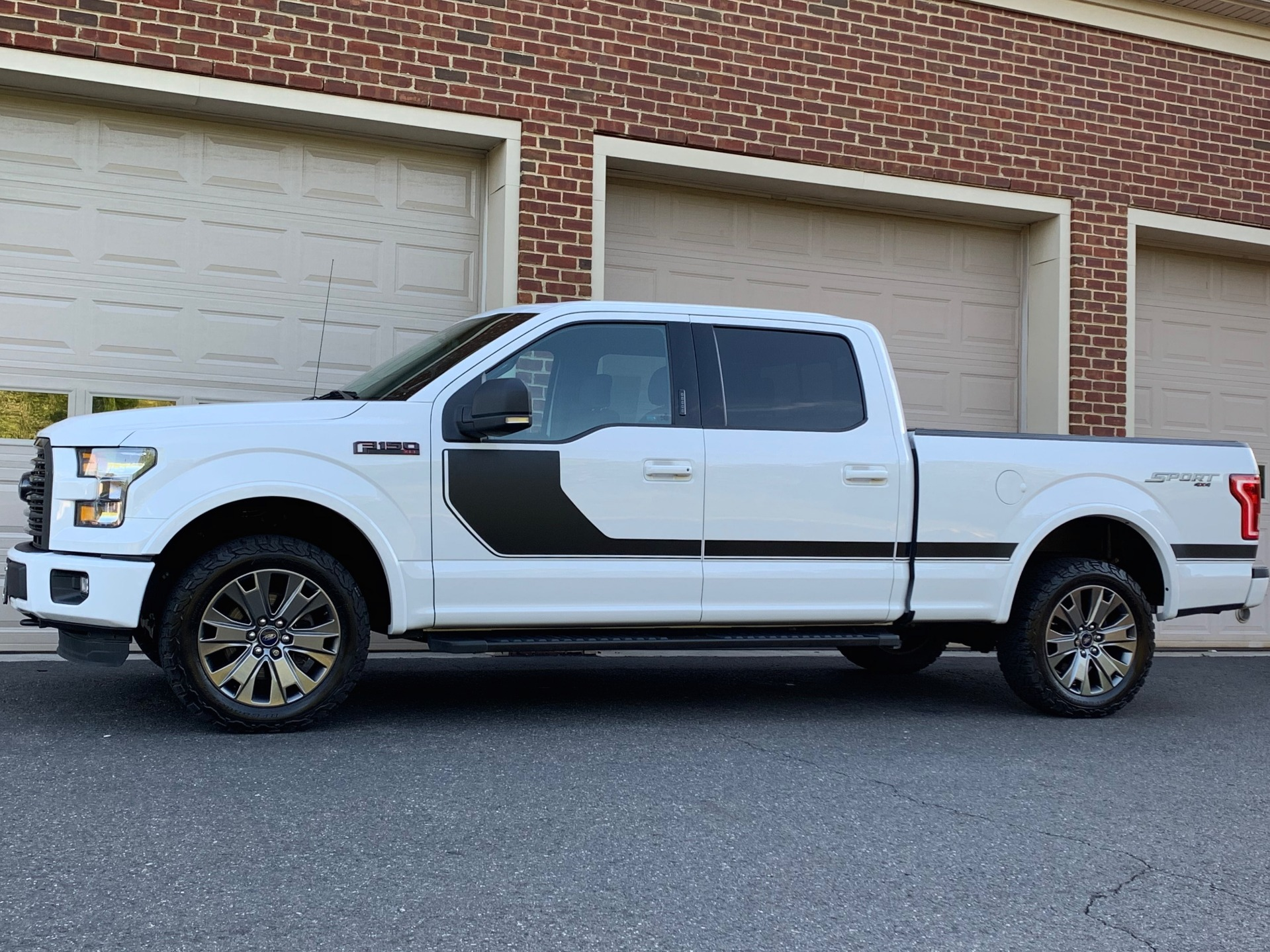 Used-2016-Ford-F-150-XLT-Sport-Appearance-Package