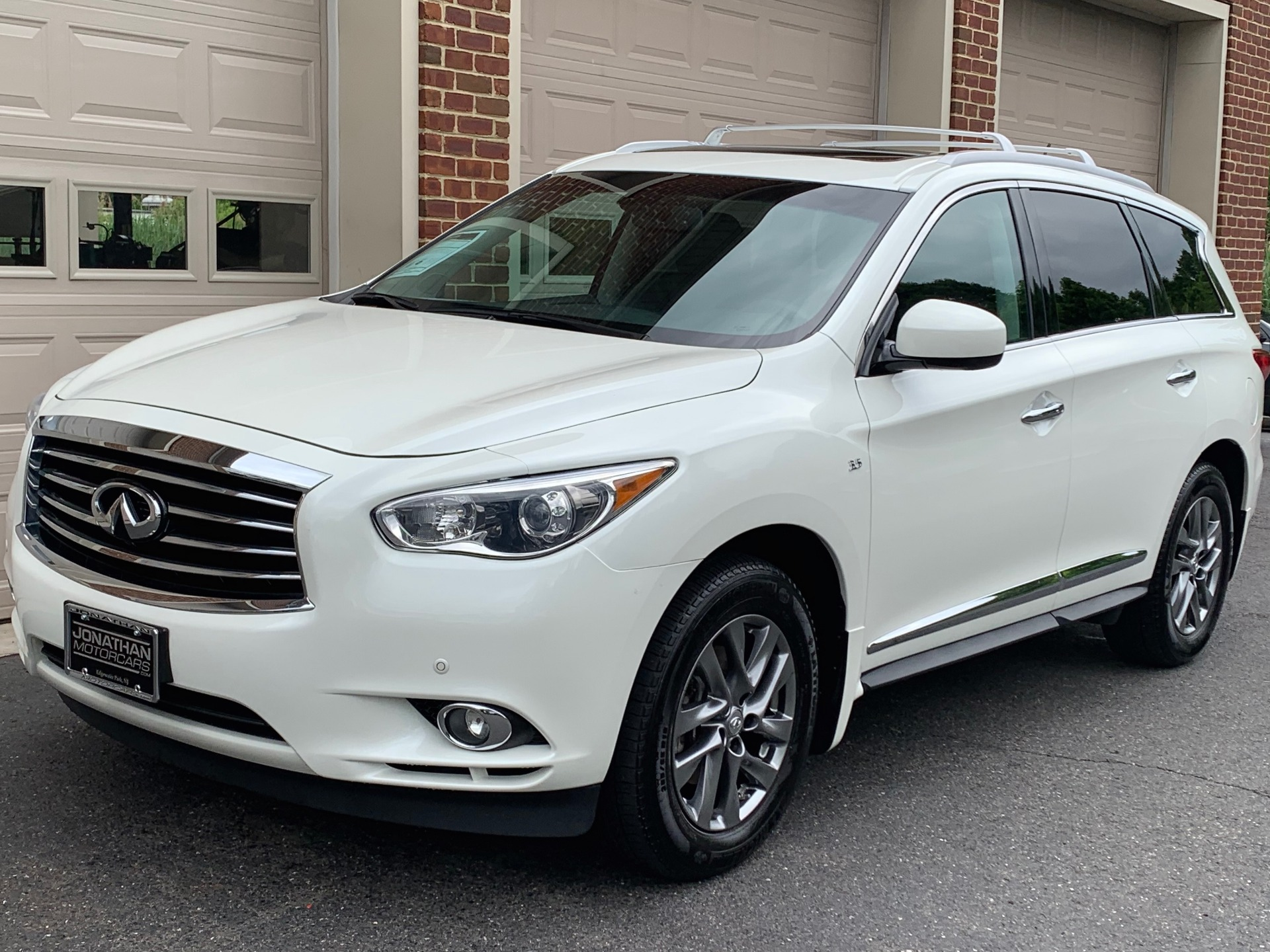 Used-2015-INFINITI-QX60-Premium-Plus