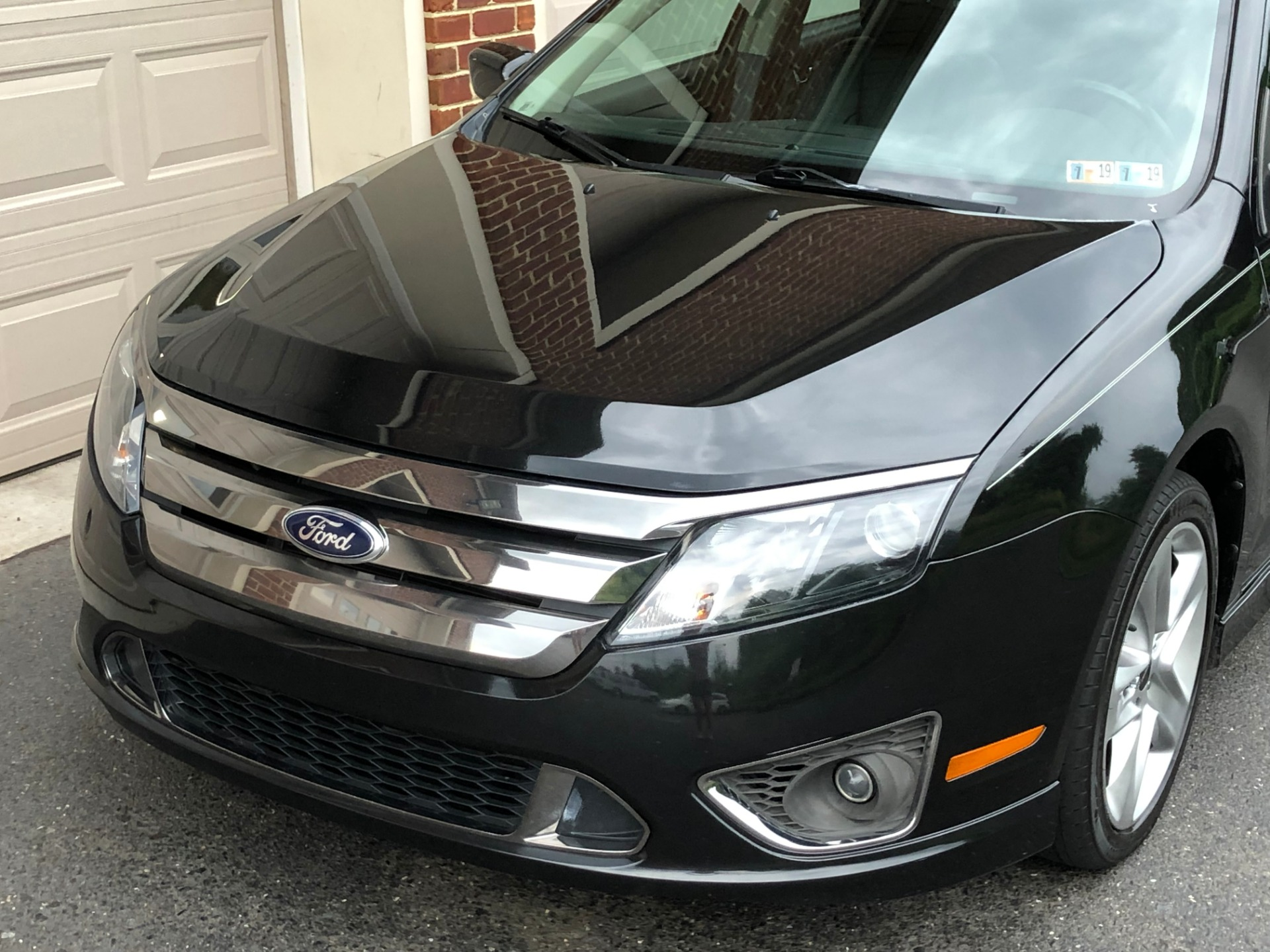 Used-2012-Ford-Fusion-Sport