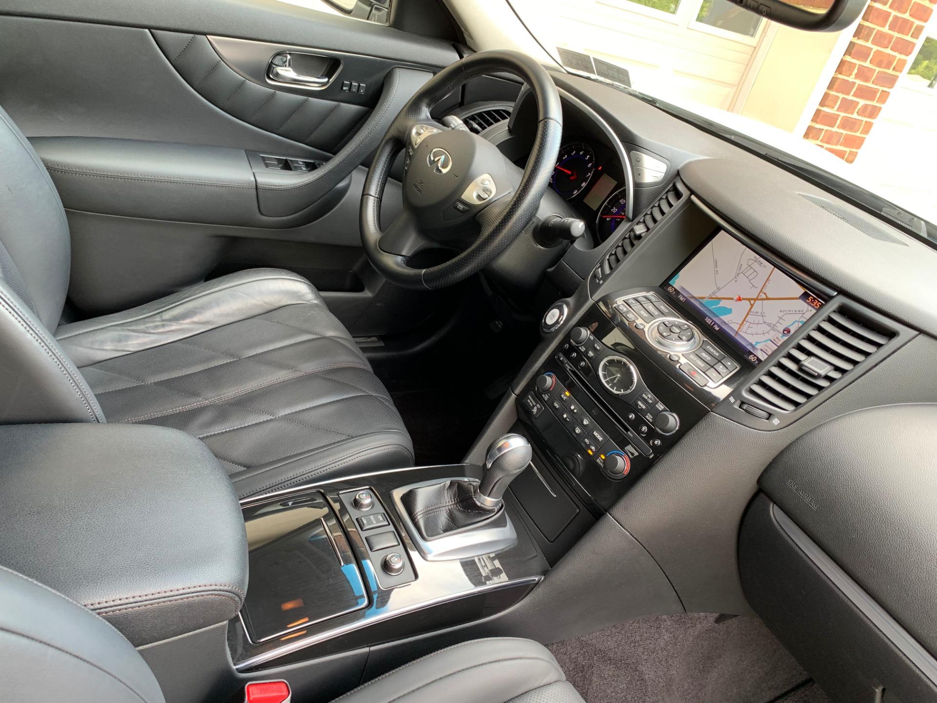 Used-2010-INFINITI-FX35-AWD-Premium
