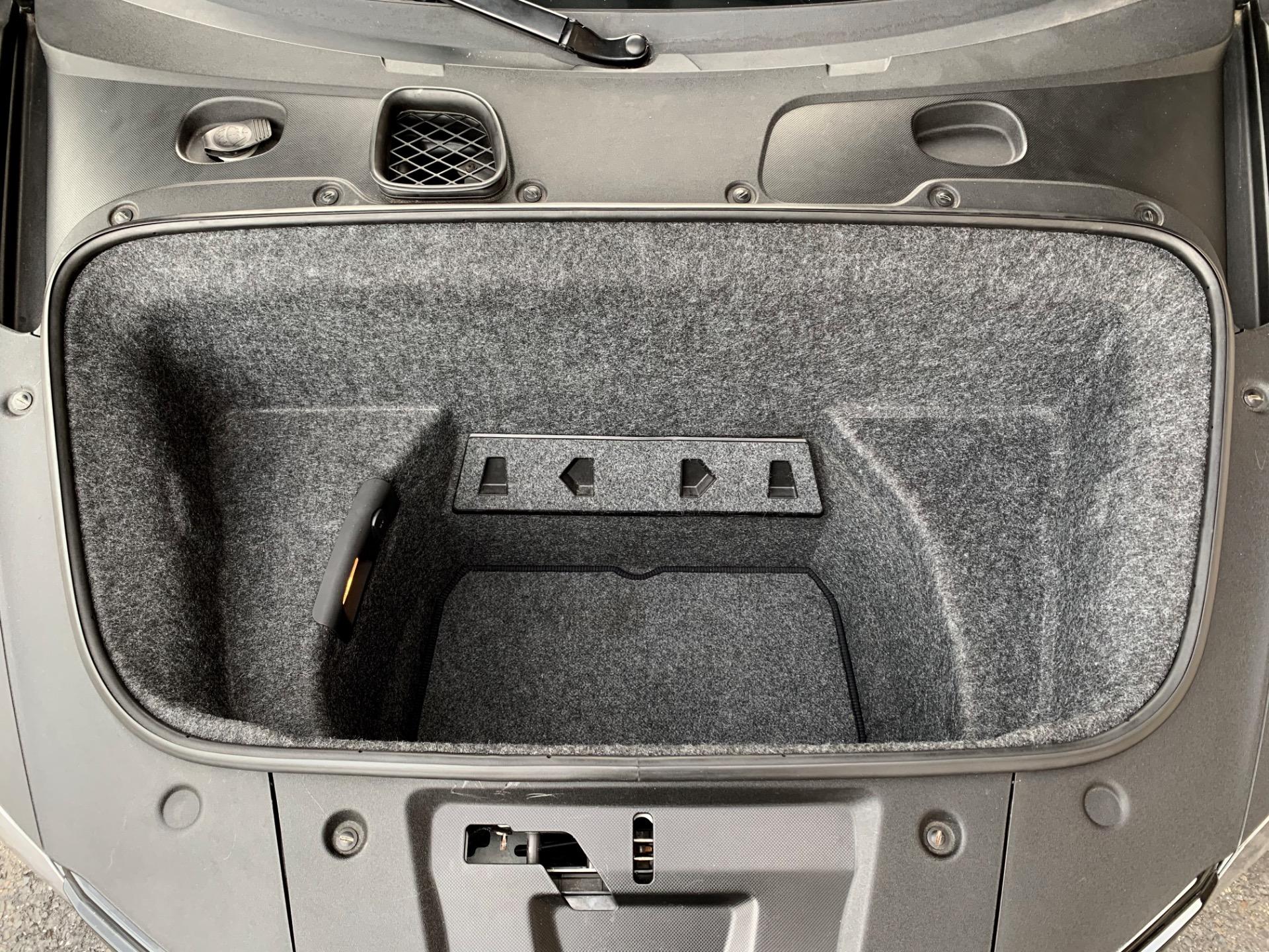 Used-2009-Audi-R8-Quattro-Premium