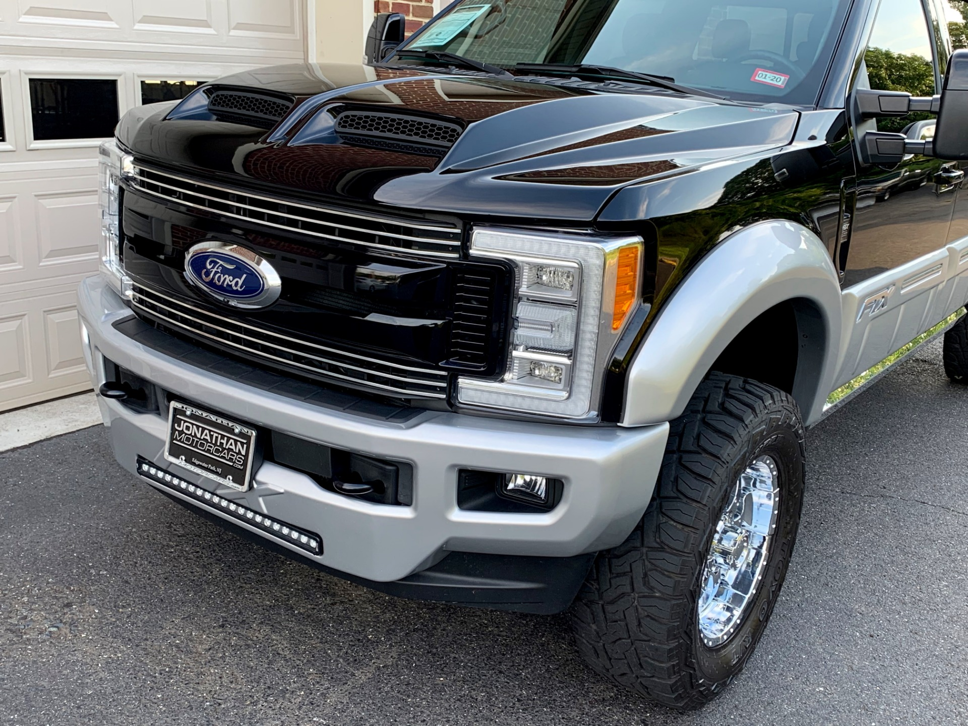 Used-2017-Ford-F-250-Super-Duty-Lariat-Tuscany-FTX