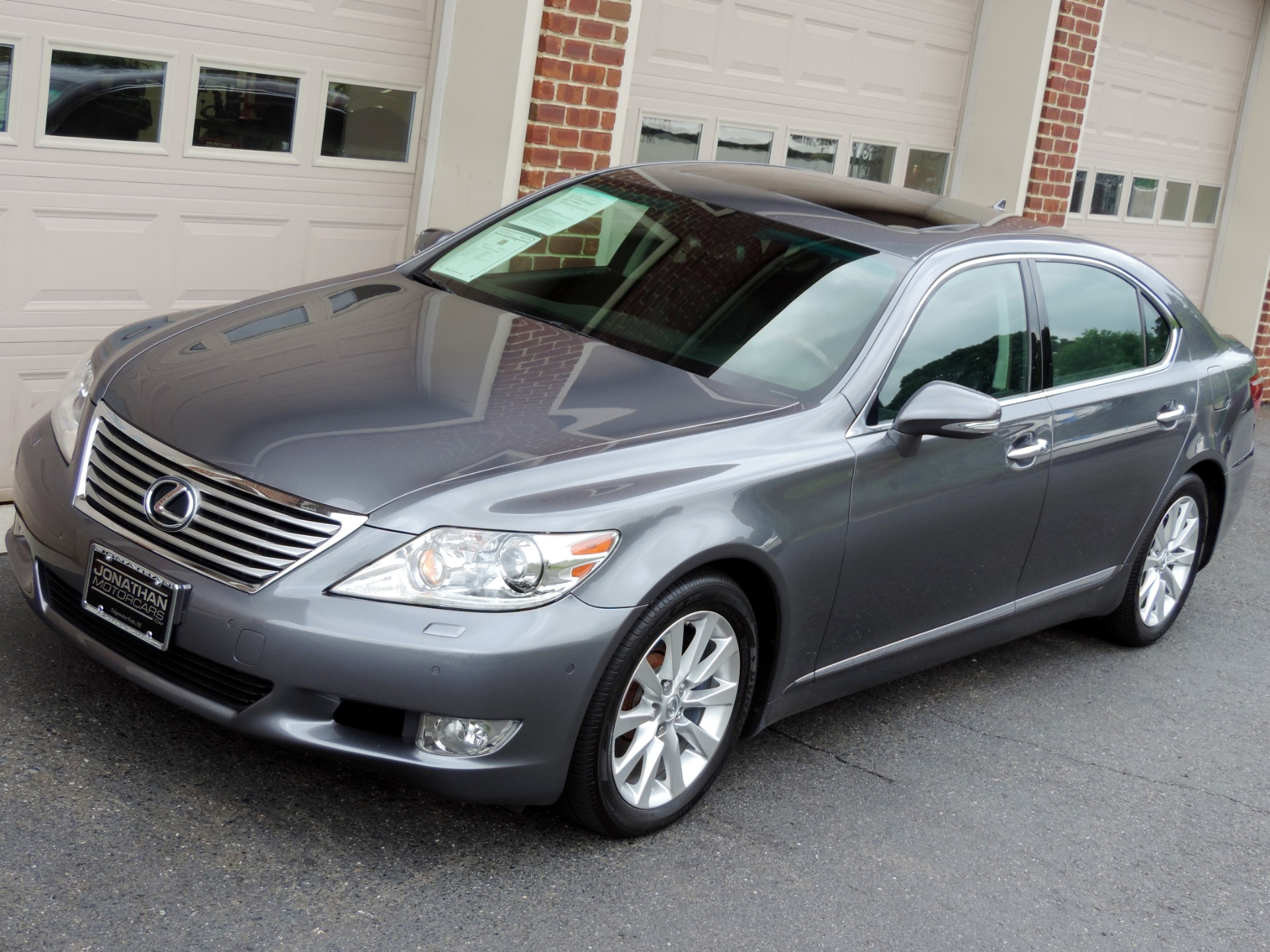 used 2013 lexus ls 460 for sale pricing features edmunds autos post. Black Bedroom Furniture Sets. Home Design Ideas