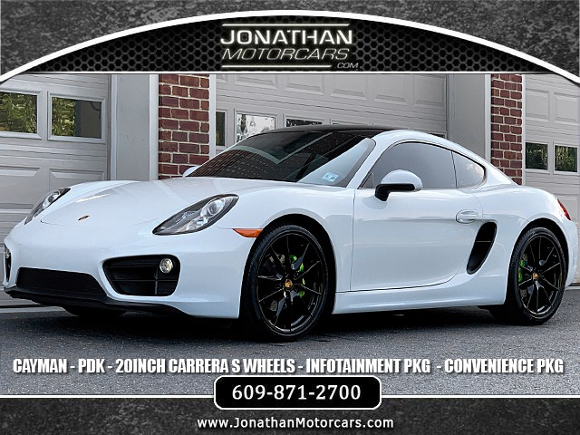 Used 2015 Porsche Cayman  | Edgewater Park, NJ
