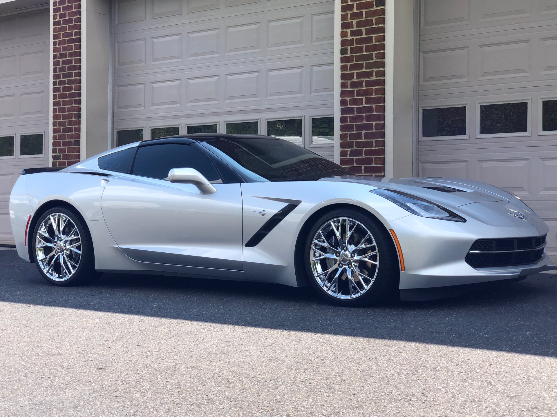Used-2014-Chevrolet-Corvette-Stingray-2LT-Coupe