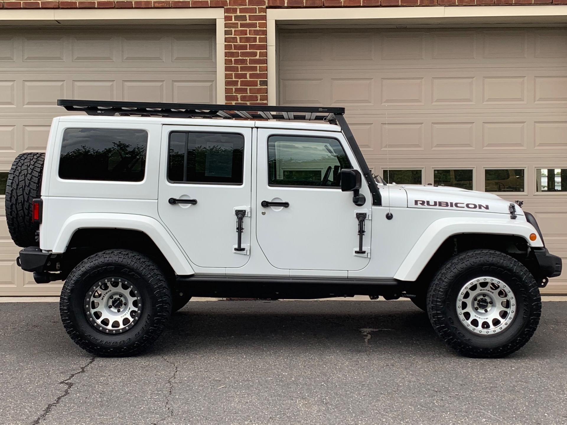 Used-2016-Jeep-Wrangler-Unlimited-Rubicon-Hard-Rock