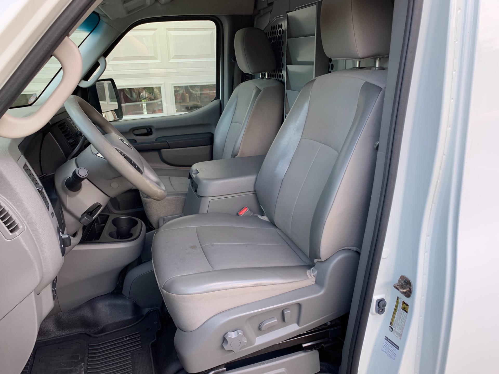 Used-2013-Nissan-NV-Cargo-2500-HD-SV-High-Roof-Tech-Pkg