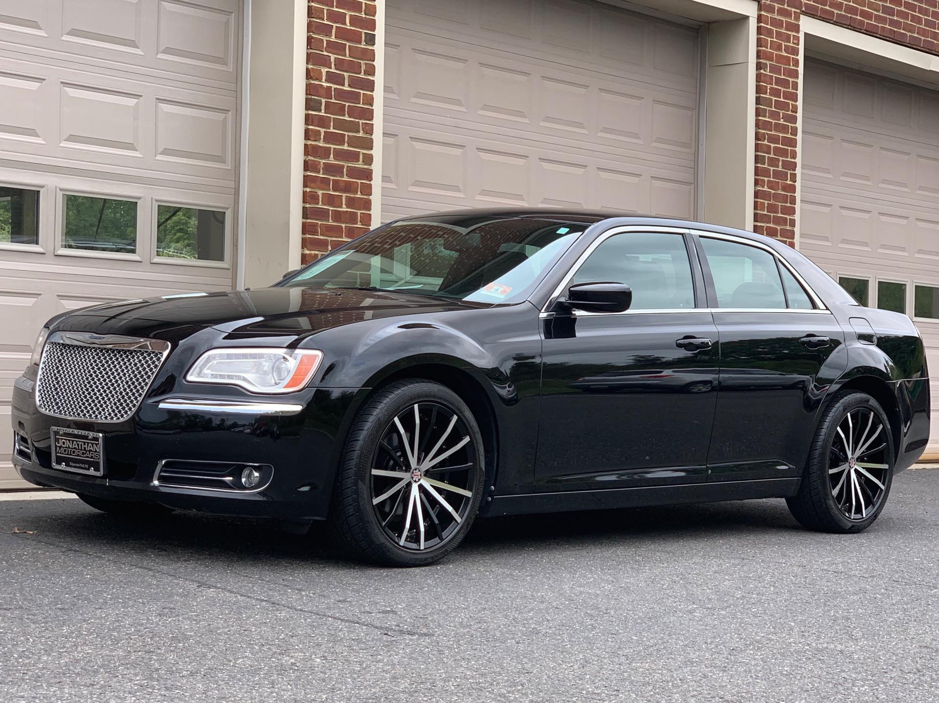 Used-2013-Chrysler-300-Preferred-Package-22F