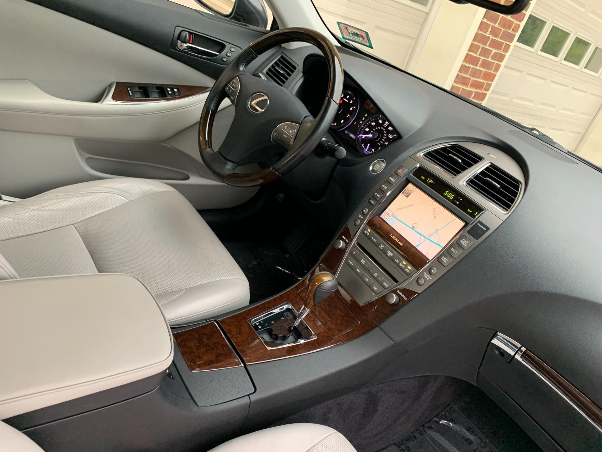 Used-2010-Lexus-ES-350