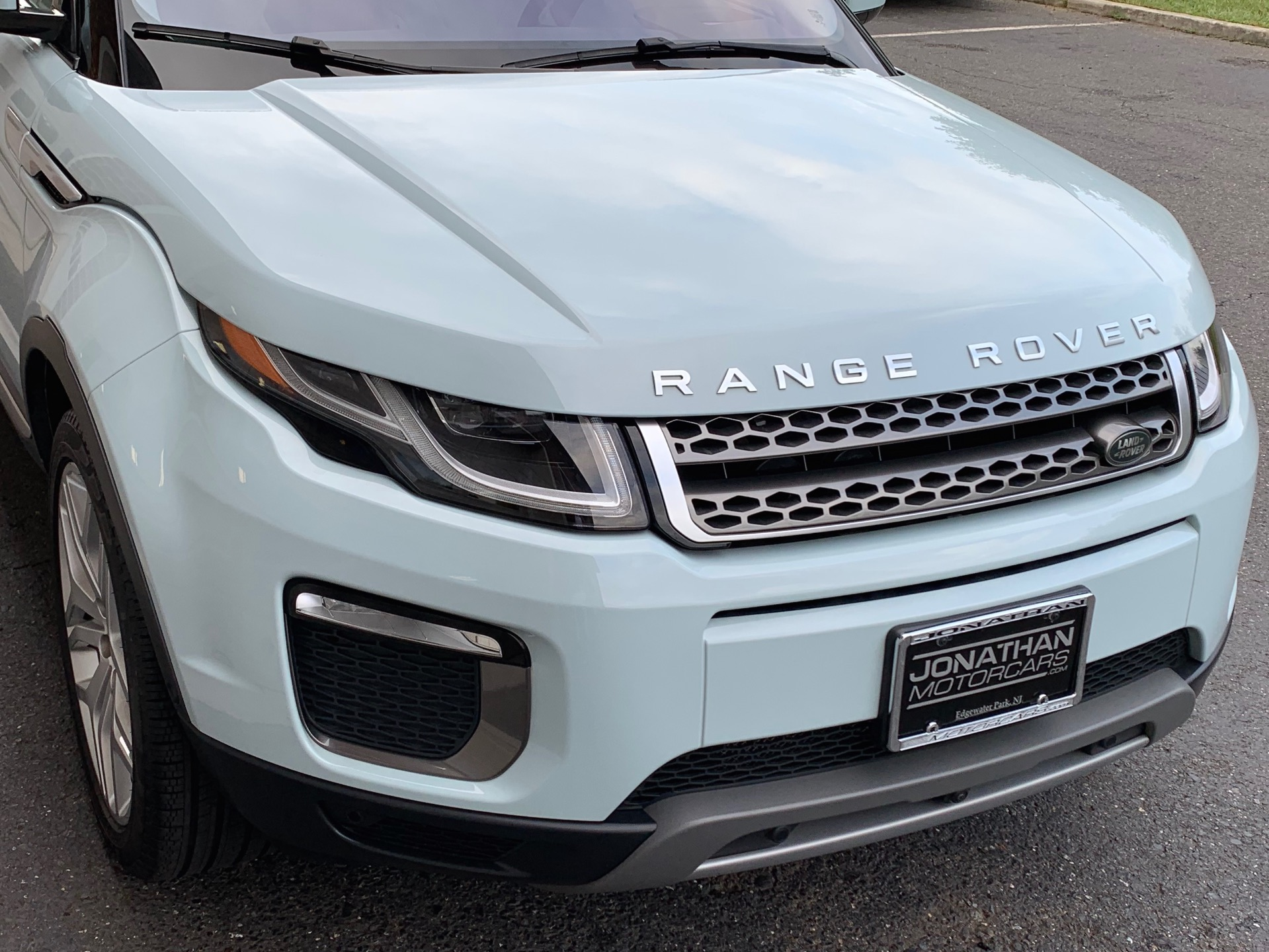 Used-2017-Land-Rover-Range-Rover-Evoque-HSE