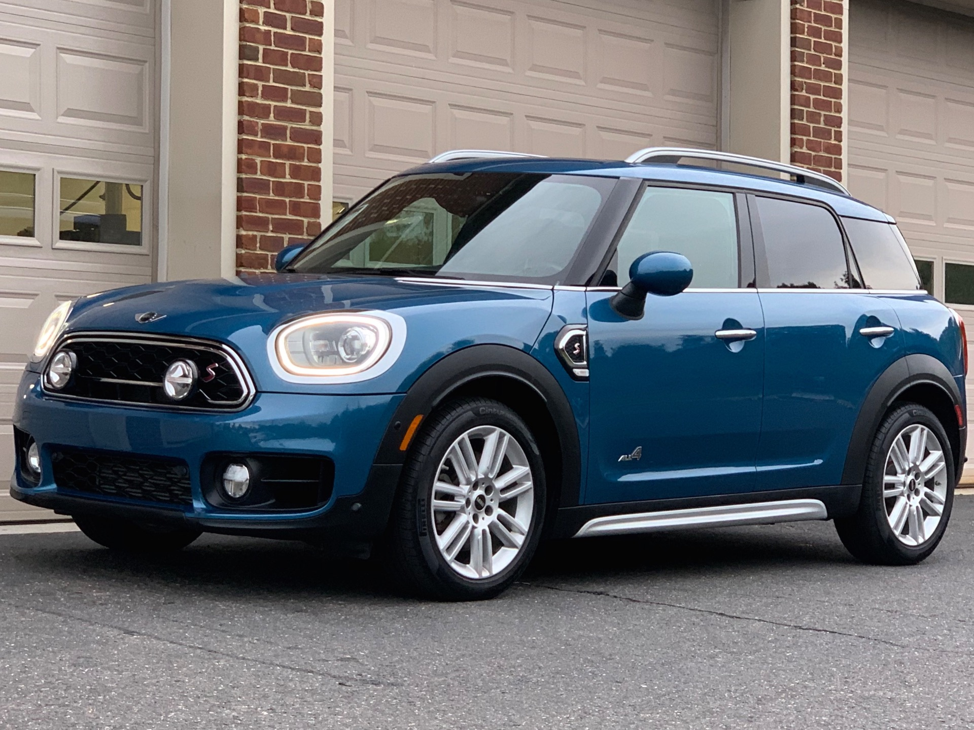 Used-2017-MINI-Countryman-Cooper-S-ALL4