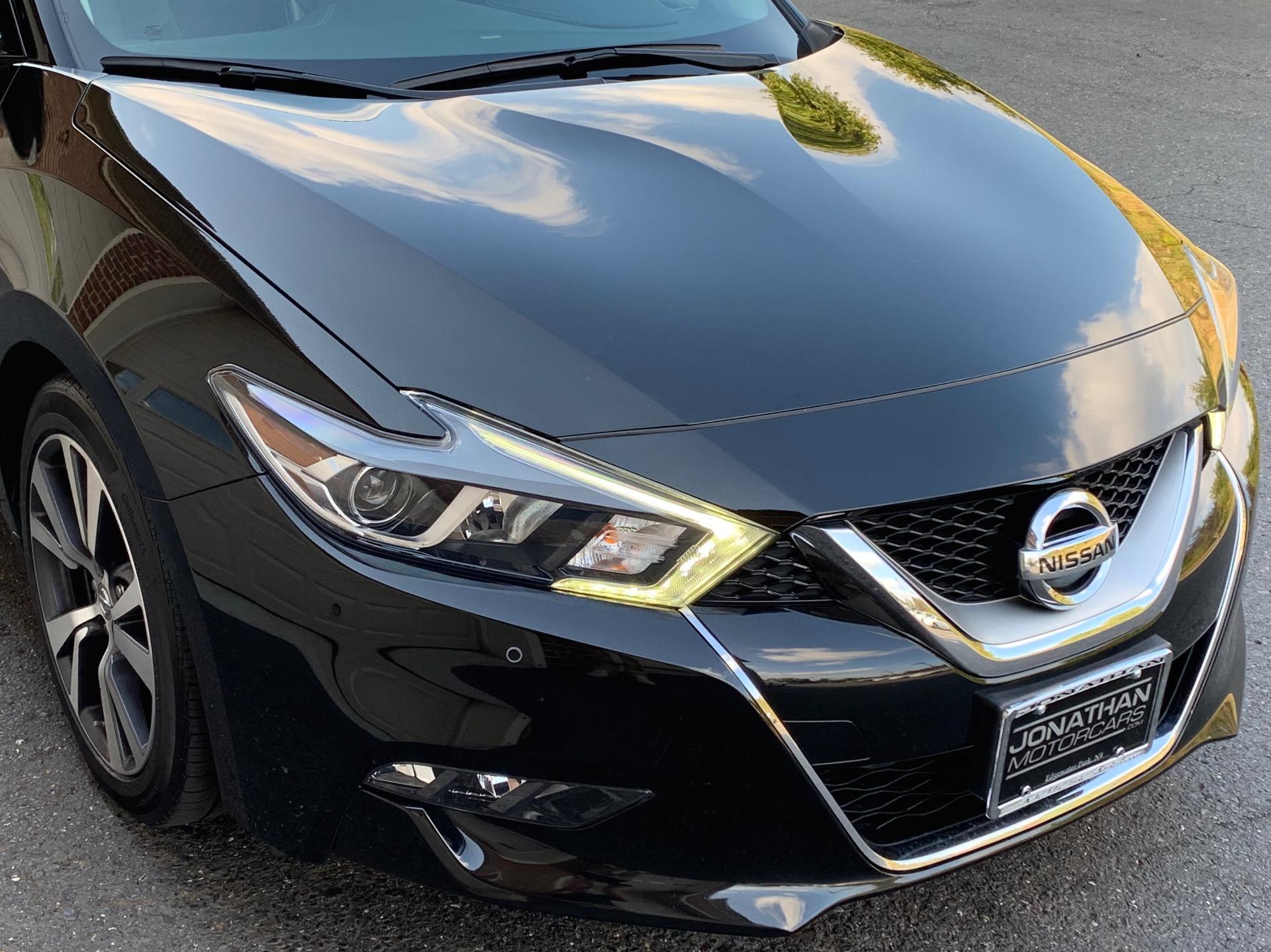 Used-2017-Nissan-Maxima-35-SL