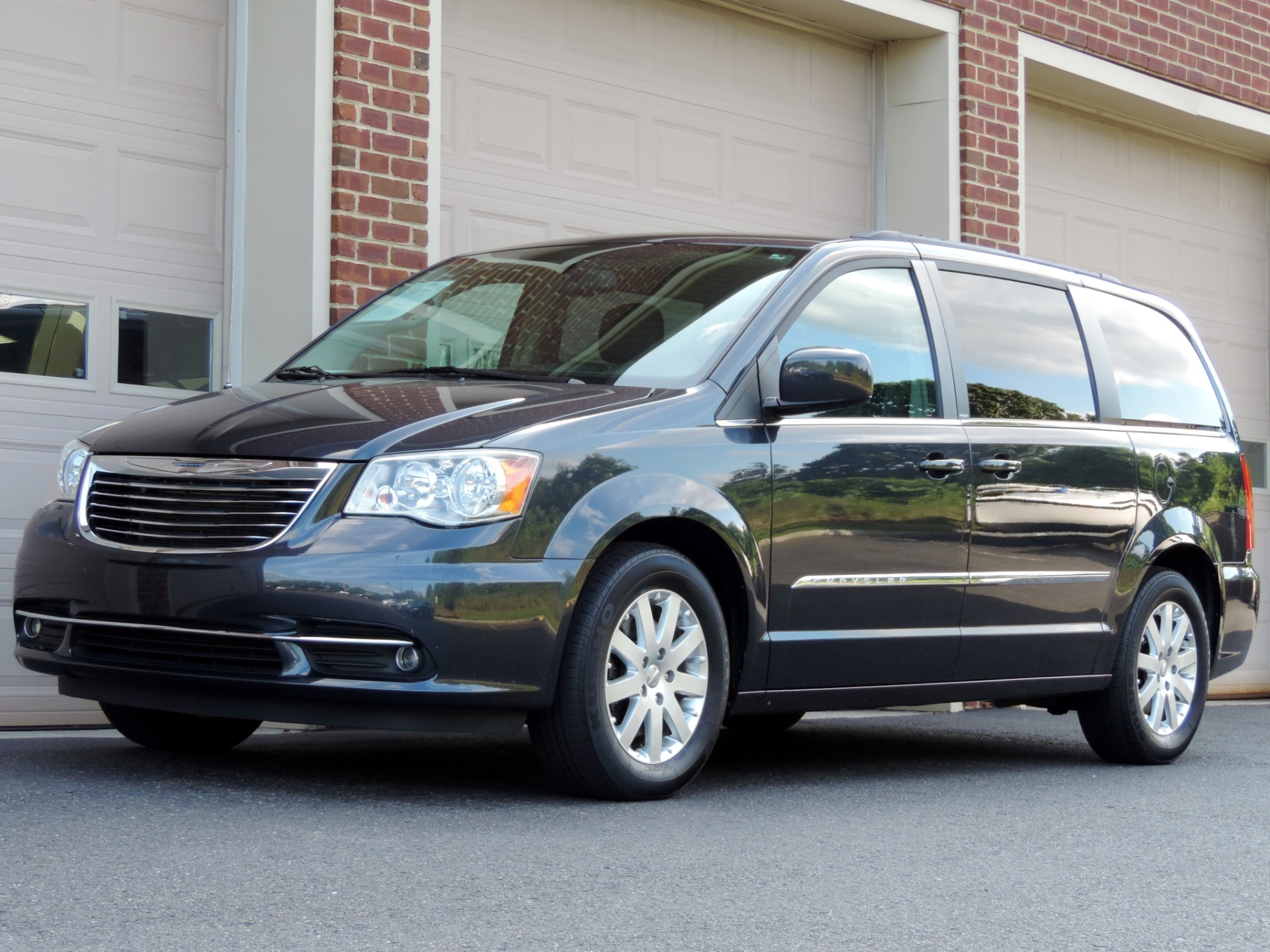 Used Cars For Sale Nj >> 2014 Chrysler Town and Country Touring Stock # 229453 for sale near Edgewater Park, NJ   NJ ...