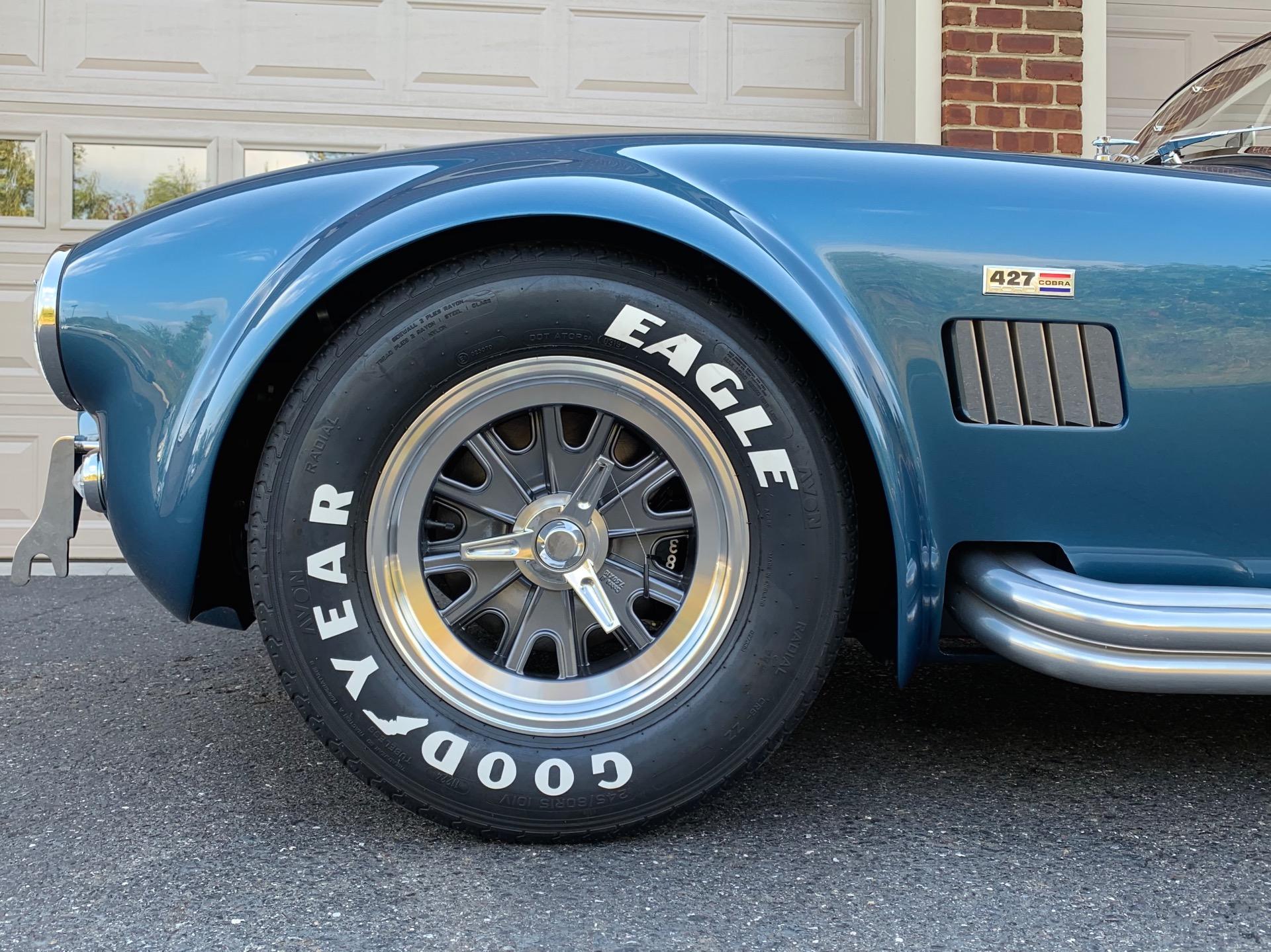 New-1965-Superformance-Mark-III-Cobra