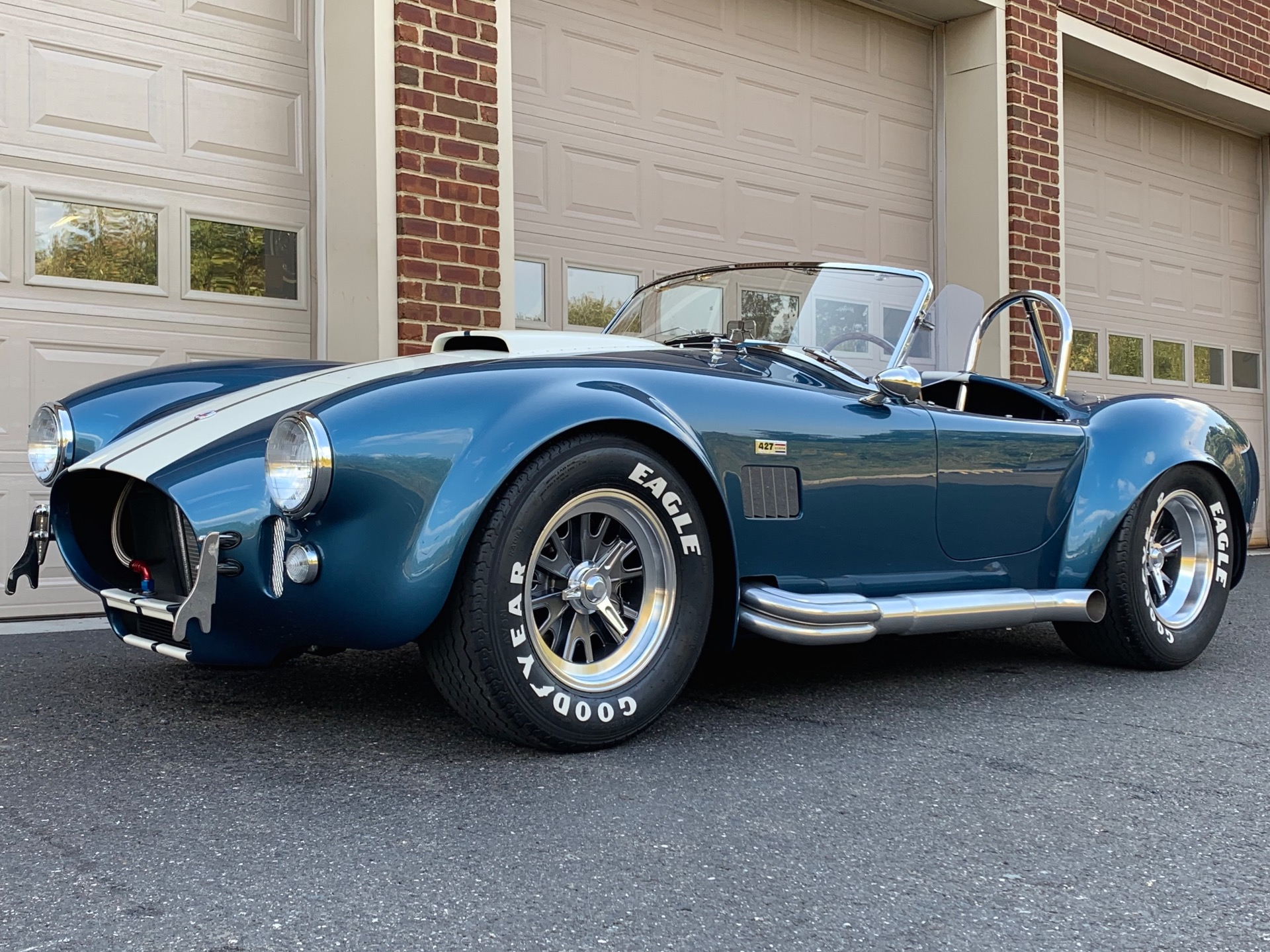 New-1965-Superformance-Mark-III-Cobra