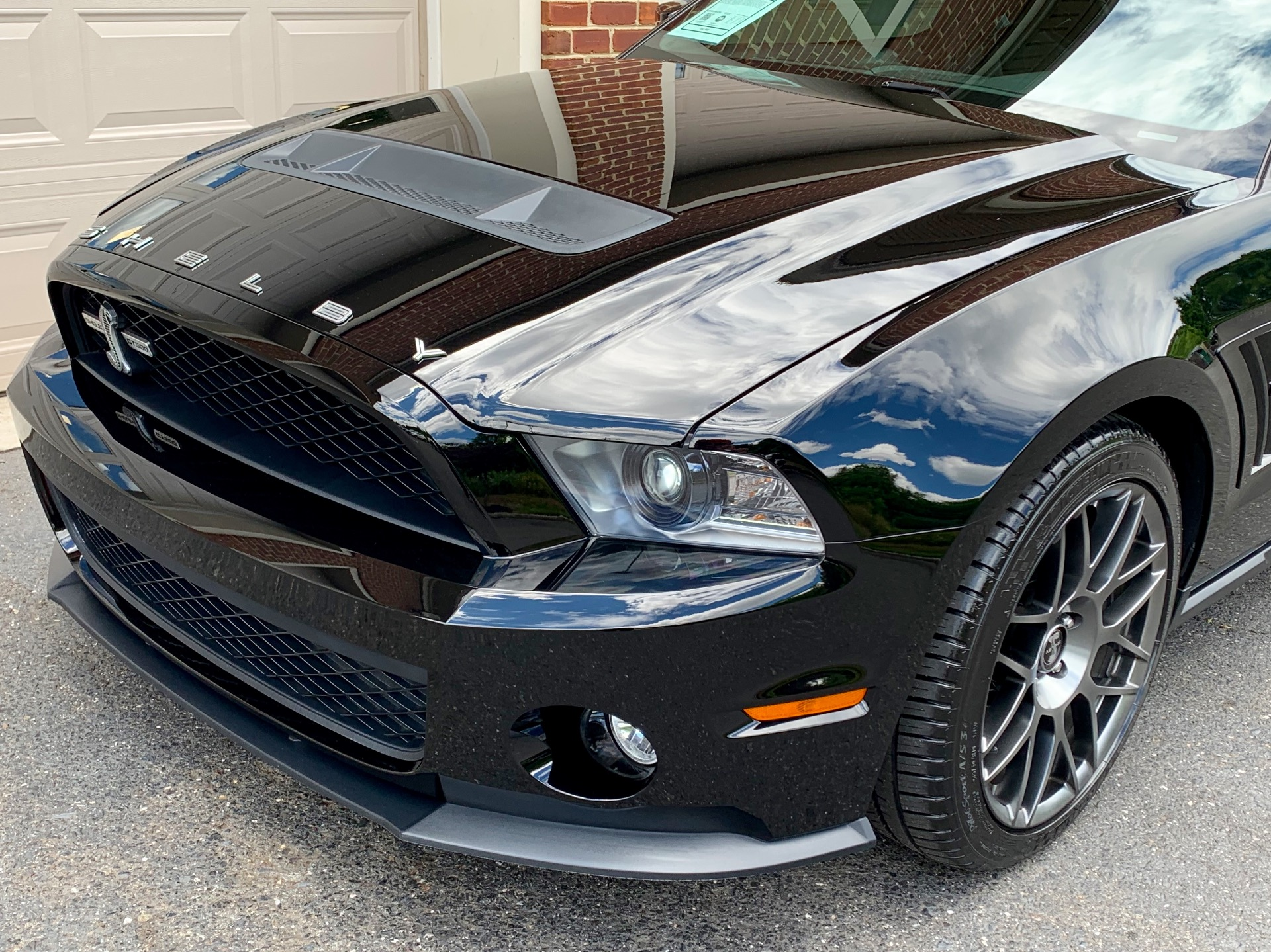 Used-2012-Ford-Shelby-GT500-Performance-Pkg