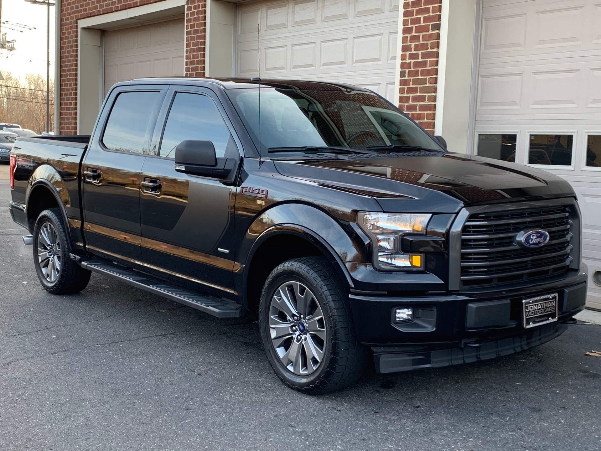 Used-2017-Ford-F-150-XLT-Sport-Appearance-Package