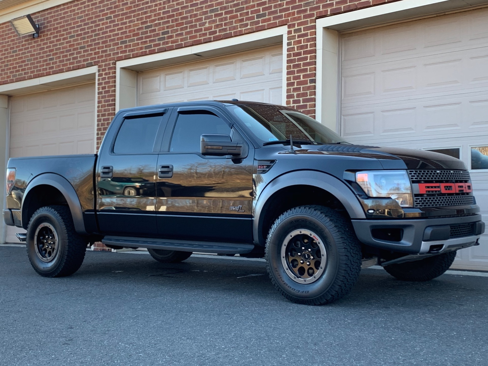 Used-2014-Ford-F-150-SVT-Raptor-Special-Edition